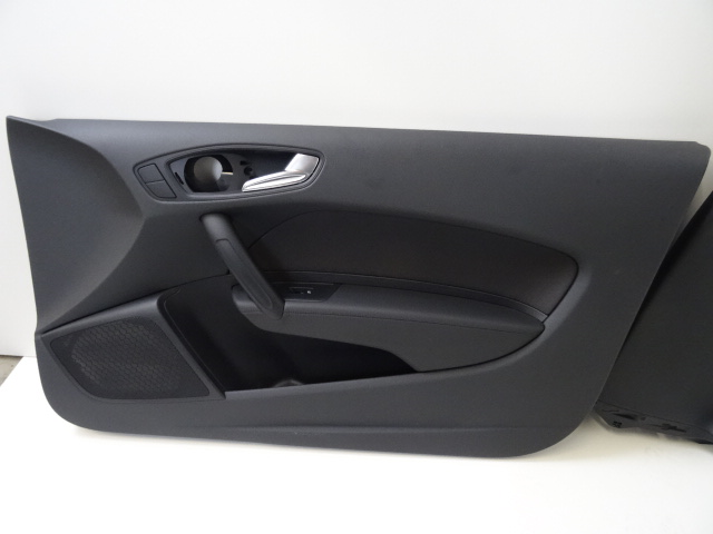 original audi a1 8x 3 t rer innenausstattung stoff sitze sitzheizung. Black Bedroom Furniture Sets. Home Design Ideas